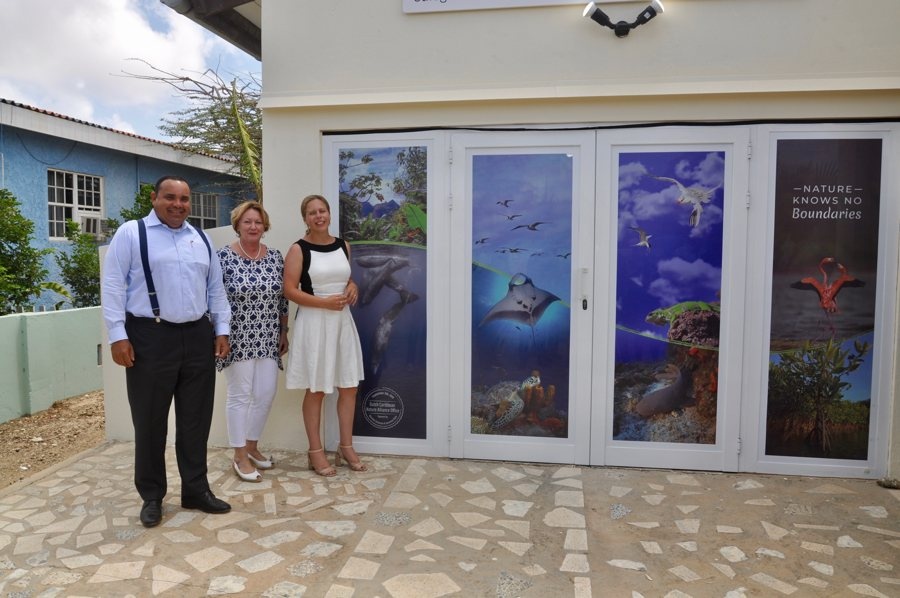 Minister Schouten en Gezaghebber Rijna openen nieuw kantoor DCNA