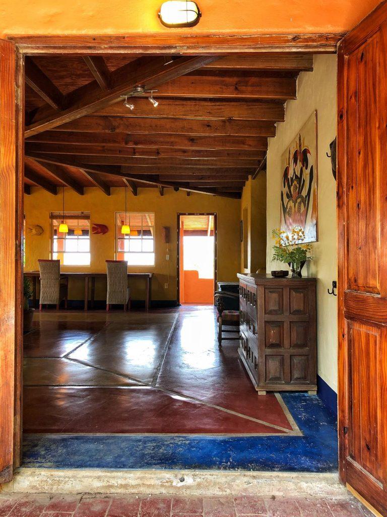 Ingang naar het huis op Bonaire
