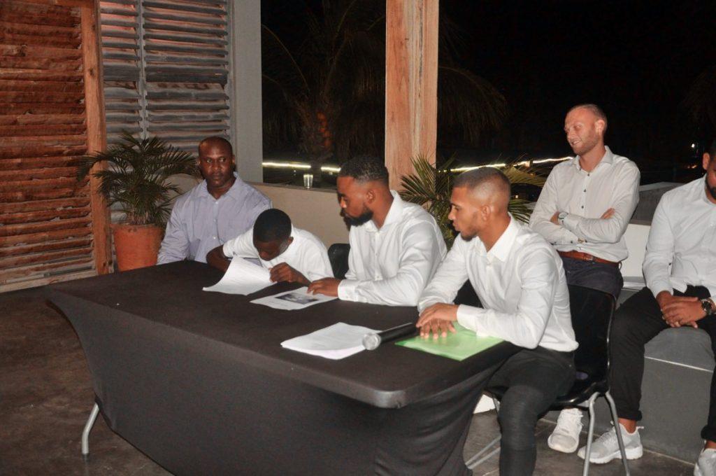 "Voetbalacademie ""The Dreams Project"" gestart op Bonaire"