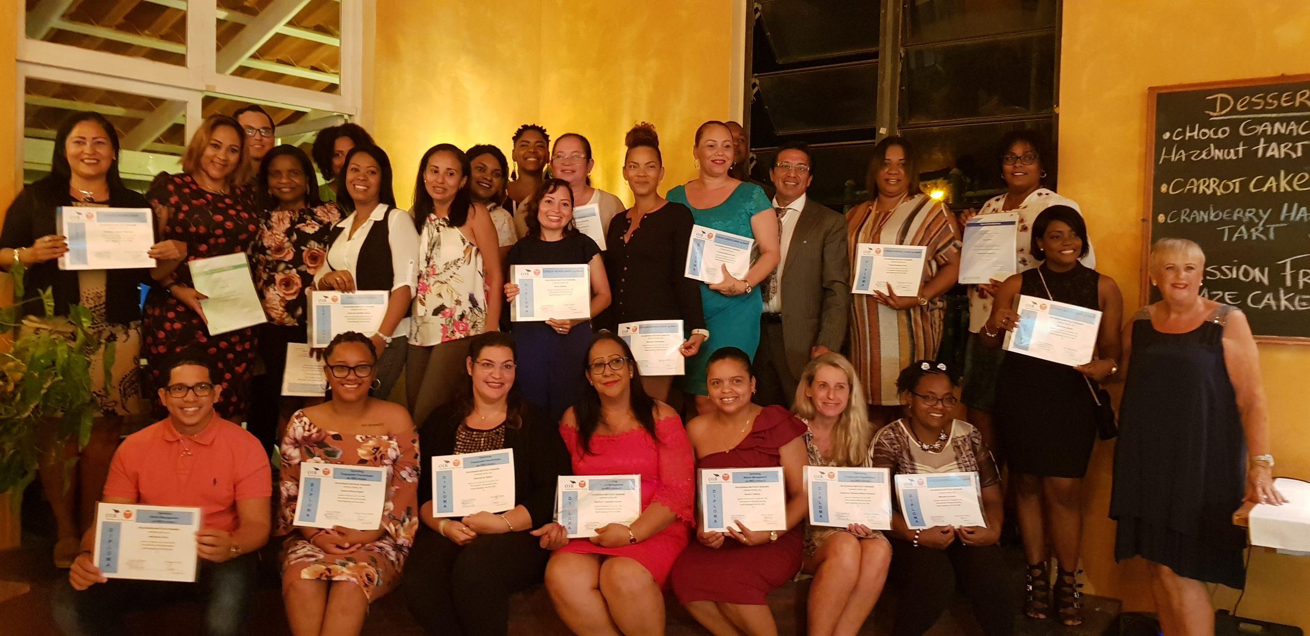 Veertig studenten ontvangen diploma of certificaat