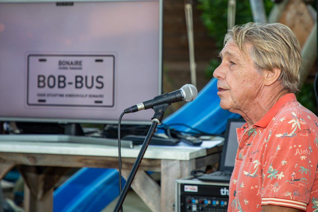 Feestelijke presentatie BOB-BUS