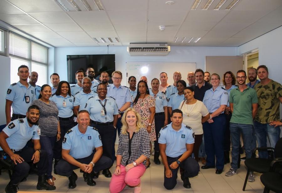 Commandant KMar bezoekt het Caribisch gebied