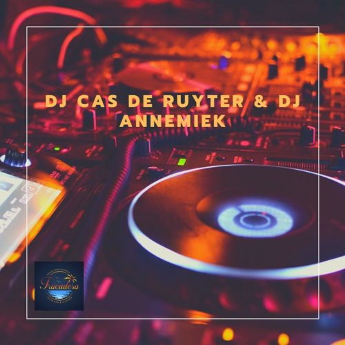 Friday Night DJ Cas de Ruyter & DJ Annemiek @ Club Trocadero