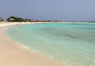 Aruba maakt zich klaar om grenzen te heropenen
