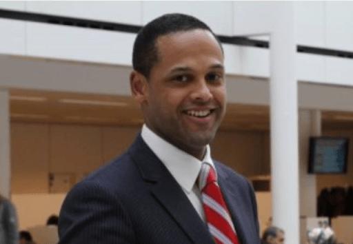Bonaire op zoek naar eilandsecretaris, Muller zegt af