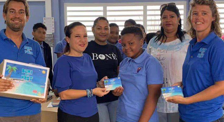 2250 kinderen krijgen vakantieboekje