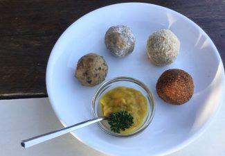 Koken met Corjan: zelfgemaakte bitterballen