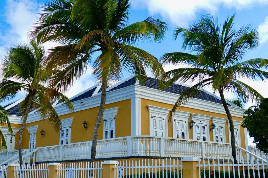 Nauwelijks toename coronabesmettingen op de ABC eilanden en Sint Maarten