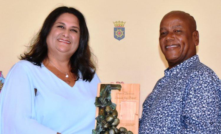 'Pipita di kònkòmber' prijs voor Denise de Jongh - Rekwest