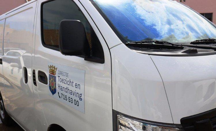 Voorlichting en controle bij bedrijven op Bonaire