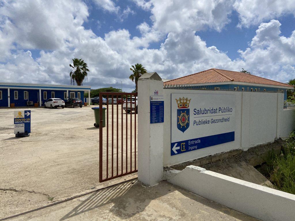Lage aantal besmettingen maakt zelftesten zinloos op Bonaire