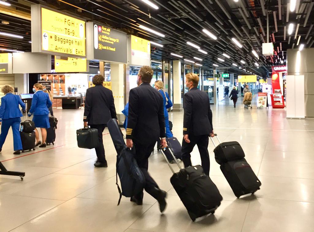 Rutte en de Jong willen nog geen vakanties naar het buitenland
