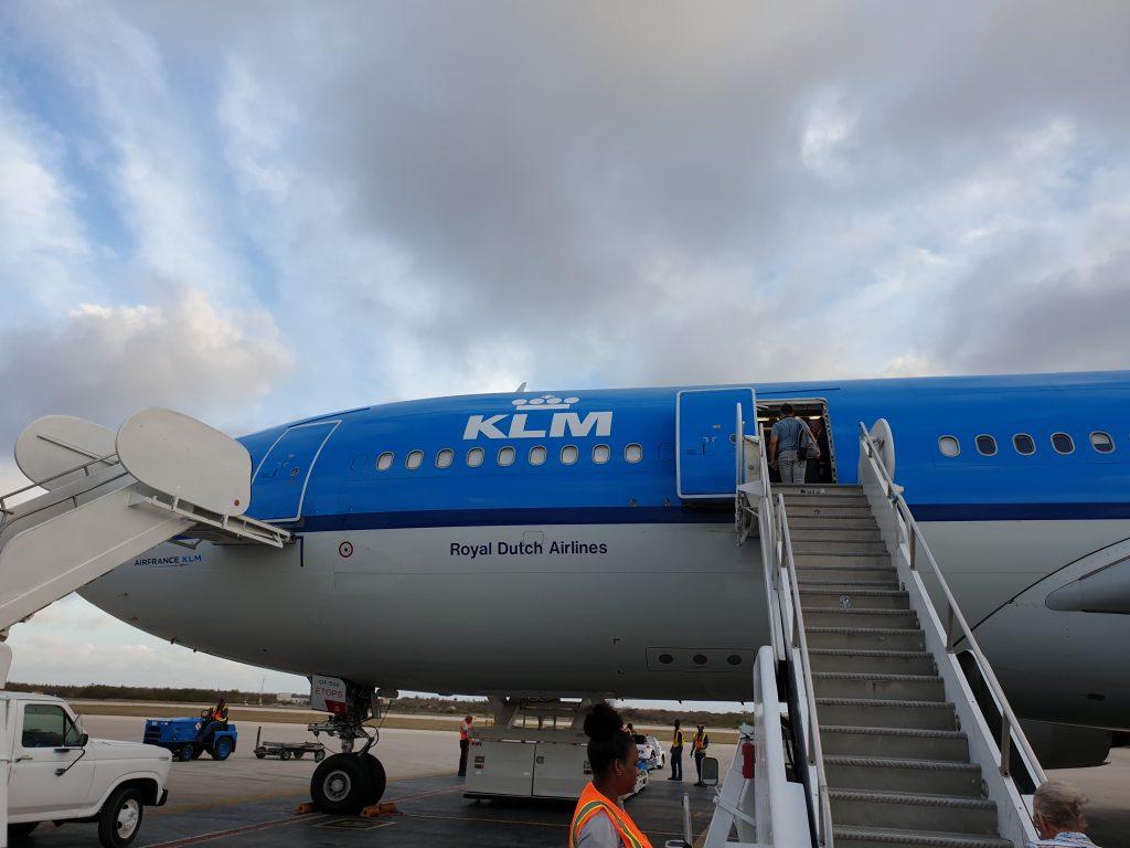 Vliegtuig met lekke band leidt tot gecancelde KLM-vlucht Bonaire
