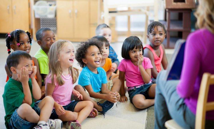 Uw kind aanmelden voor het basisonderwijs op Bonaire