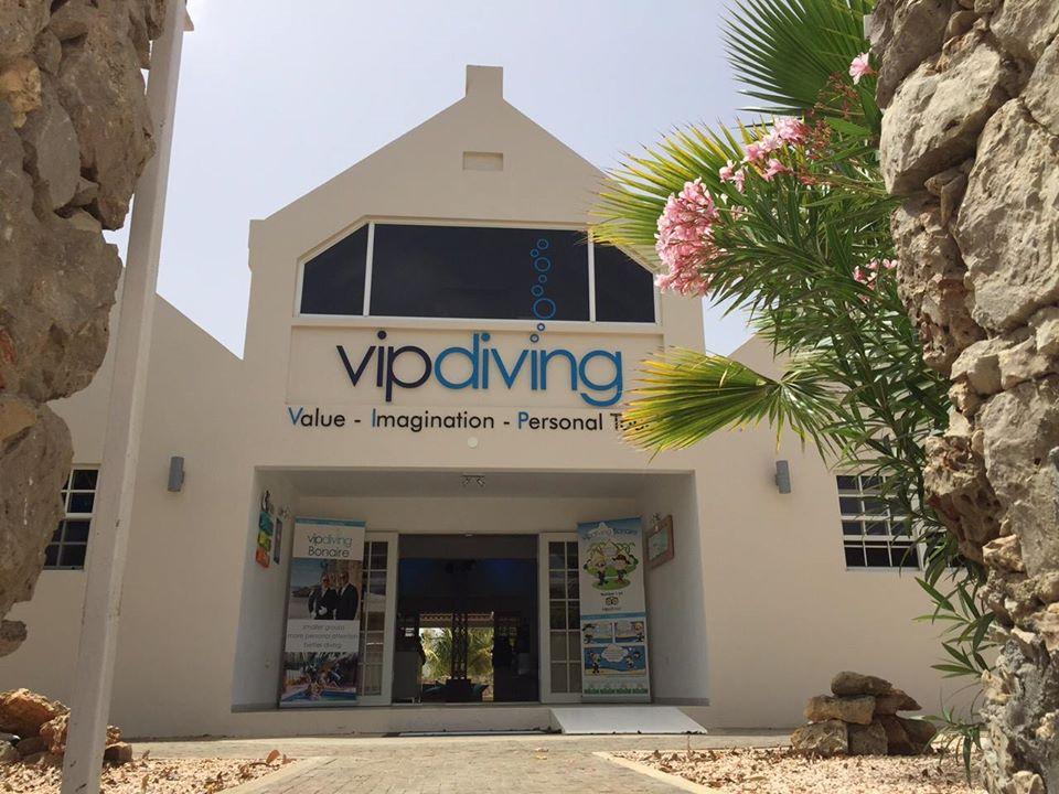 VIP diving ingang