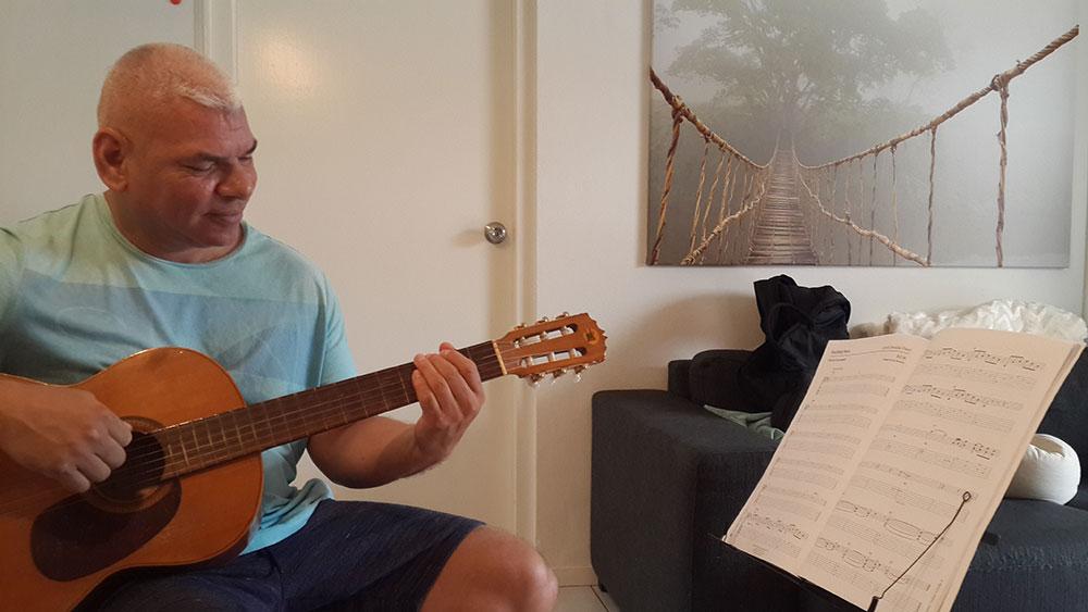 Leer echt gitaar spelen van een professional