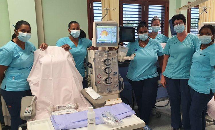 Ziekenhuis Bonaire vernieuwd dialyse apparatuur