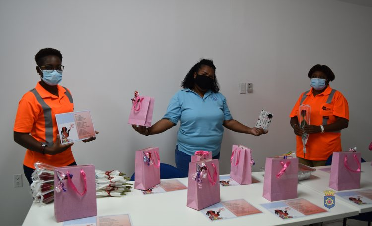 Bibliotheek zet vrouwelijke medewerkers Selibon in voetlicht