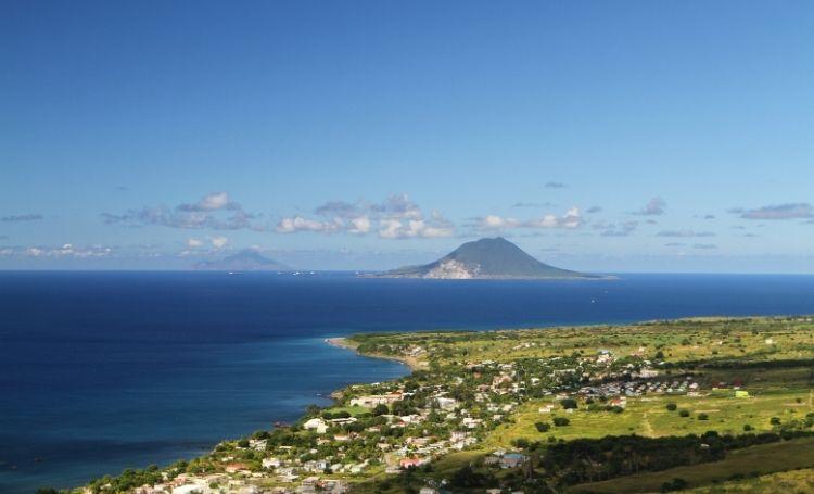 Regels en beperkingen voor reizen tussen de BES-eilanden