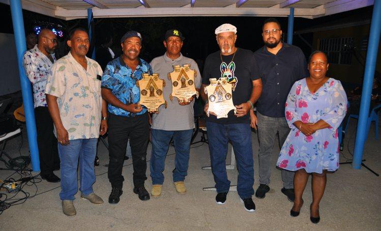 Erkenning voor drie vooraanstaanden bij opening viering San Juan en San Pedro