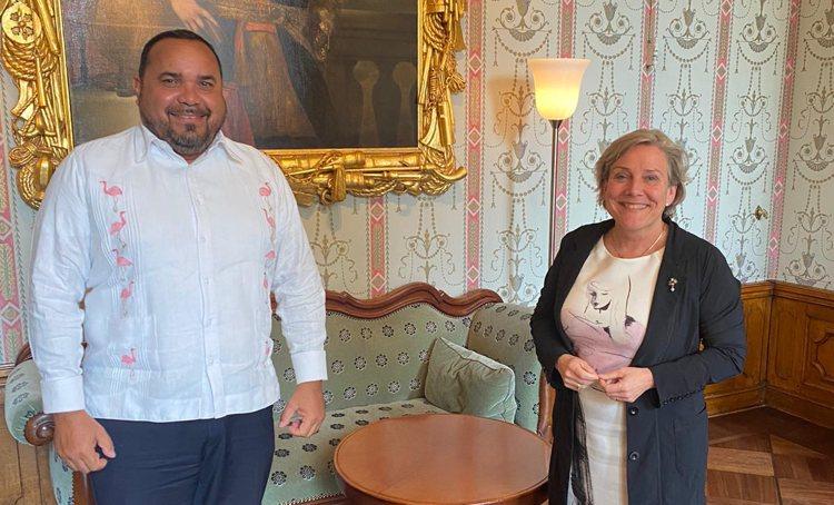Gezaghebber Rijna en minister Bijleveld spreken over samenwerkingsprojecten