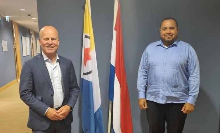 Gezaghebber Rijna en staatssecretaris Knops delen zorgen om trage uitvoering Bestuursakkoord