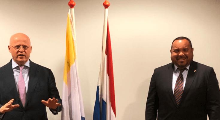 Grapperhaus en Rijna praten over veiligheid Bonaire