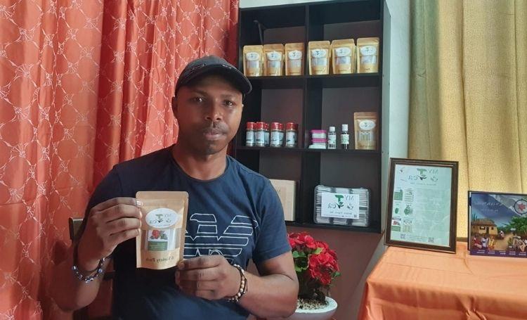 Ondernemer Edson Frans droomt van een eigen theefabriek op Bonaire