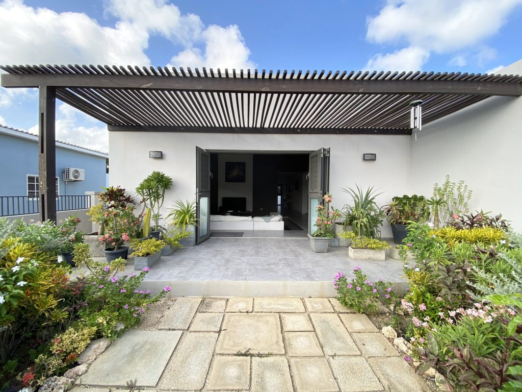 Karko Real Estate Bonaire's nieuwste makelaarskantoor