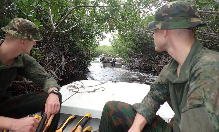 Mangrove project ontvangt opnieuw hulp van militairen