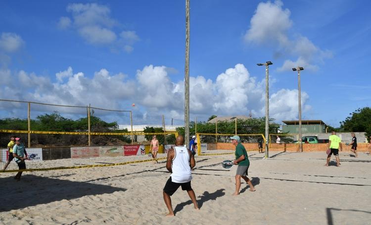 Beach Tennis Bonaire opent nieuwe locatie