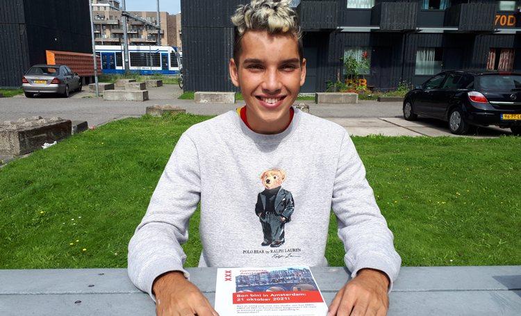 Caribische studenten krijgen feestelijk ontvangst in Amsterdam